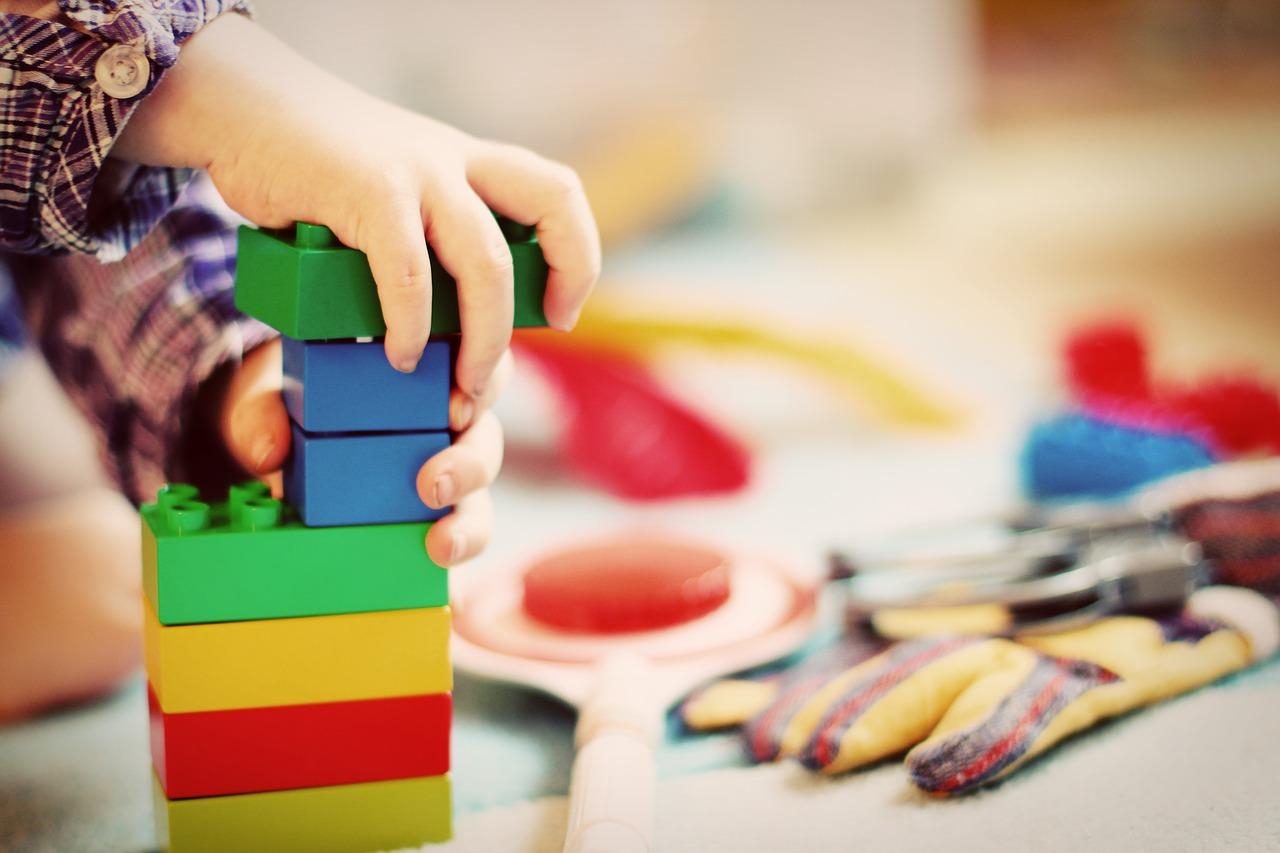 Świetne zabawki z drewna